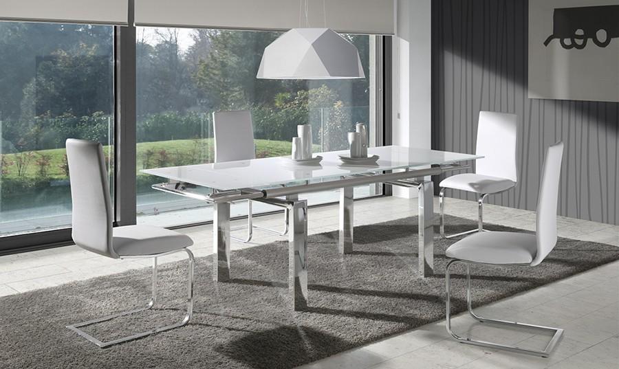 Comedores modernos de vidrio for Mesas de salon de cristal