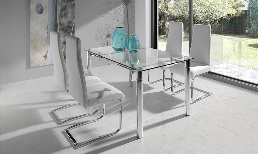 Sillas salon modernas amazing silla comedor diseo moderno for Mesas y sillas de salon modernas