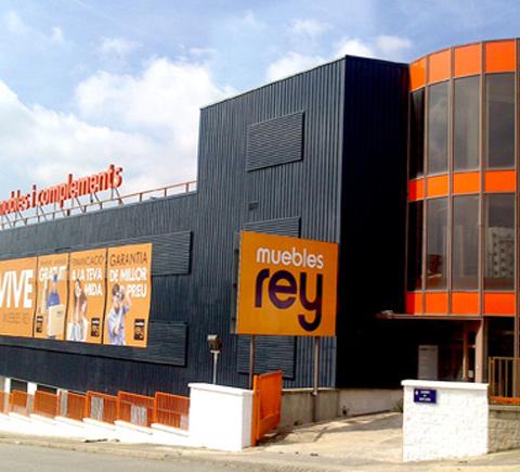 Tiendas de muebles awesome tienda de muebles en segovia for Muebles rey oviedo